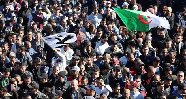 حركة مجتمع السلم الجزائرية تعلن الانسحاب من الانتخابات الرئاسية.. تعرف على الأسباب