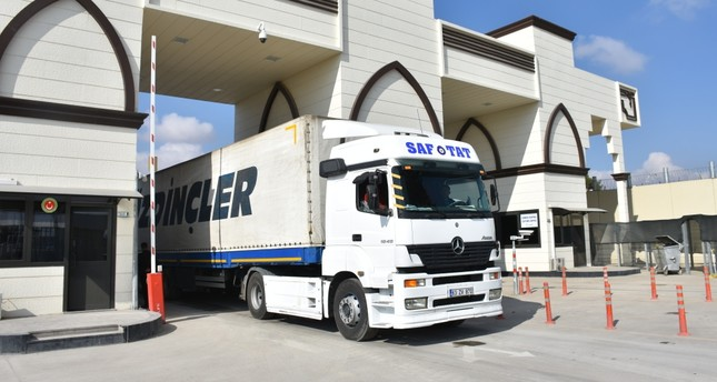 Turkish trucks carry goods exported from Gaziantep to Syria via Karkamış Customs Gate, Nov. 13.