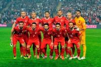 حافظ المنتخب التركي على مركزه الـ 22 في التصنيف الشهري للاتحاد الدولي لكرة القدم (فيفا).  ونشر