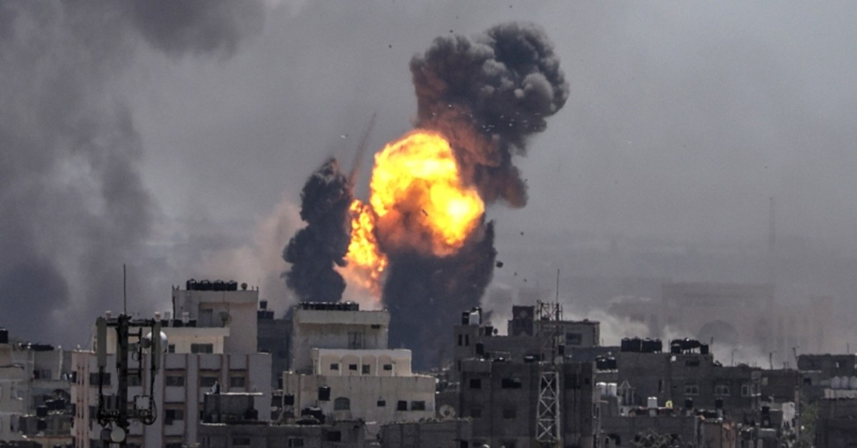 Smoke and flames rise after an Israeli airstrike in Gaza City, May 4, 2019. (EPA Photo)