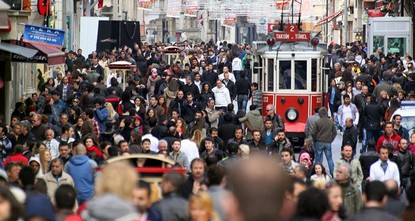 pTurkey's unemployment rate fell 0.7 percentage points to 10.6 percent in September compared to the same month last year, the Turkish Statistical Institute (TurkStat) said Friday./p