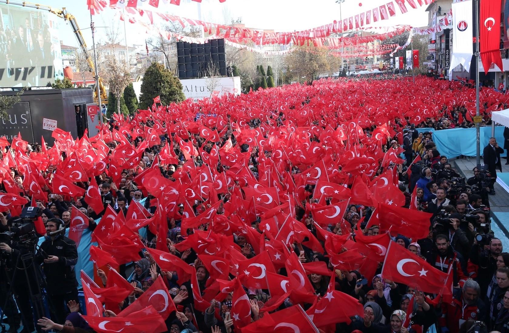 People gather in the district center of Sincan in Ankara to listen to President Recep Tayyip Erdou011fan, Feb.11, 2019.