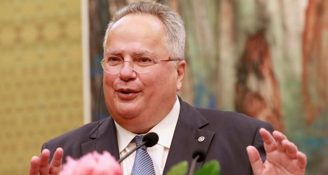 وزير الخارجية اليوناني يزور تركيا الثلاثاء ويلتقي تشاوش أوغلو