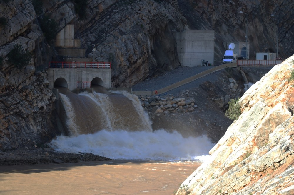 A hydroelectric power plant in Adana was part of a mass opening ceremony for power plants, Nov. 21.
