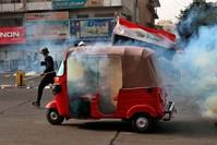 من الاحتجاجات المستمرة ضد الفساد في العراق (AP)