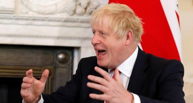 جونسون: بريطانيا ترى أن إيران تقف خلف الهجمات على منشأتين نفطيتين في السعودية