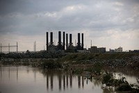Short on fuel, Gaza's only power plant shuts down