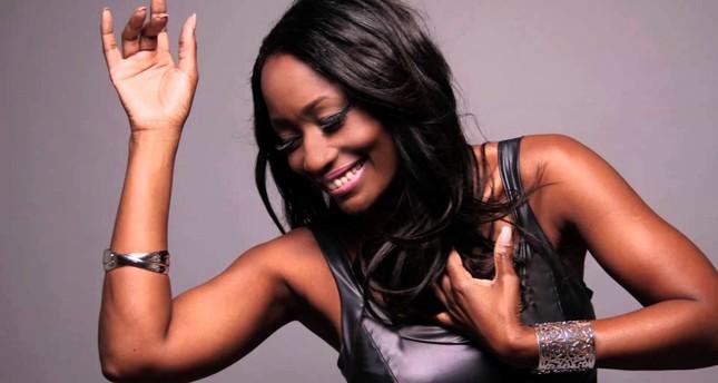 Whitney Houston's former backup singer at İzmir jazz club