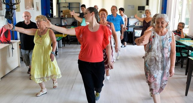 Elderly get ready for international dance championship
