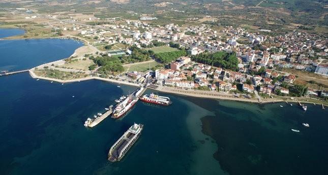 موقع بناء الجسر المعلق بين الشطرين الأوروبي والأسيوي بولاية جناق قلعه غربي تركيا