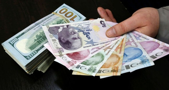 الليرة التركية في أعلى مستوى لها أمام الدولار الأمريكي