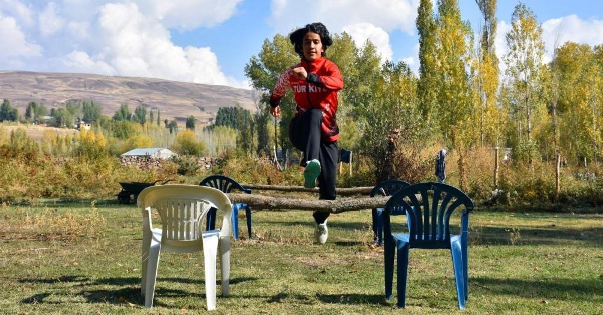 All Derya Kunur needs for training is a few chairs and some sticks. (DHA Photo)