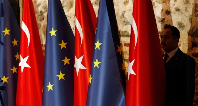 Turkey's deal with EU for Syrian refugees not functioning properly,AK Party Spox. Çelik says
