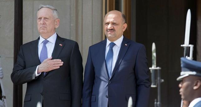 وزير الدفاع التركي: موقف الإدارة الأمريكية الجديدة أكثر وضوحا بشأن تنظيم ب ي د الإرهابي