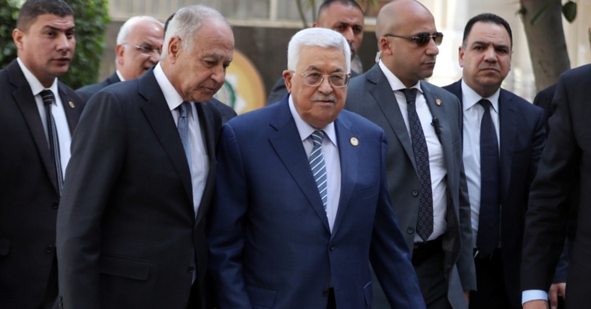 Palestinian President Mahmoud Abbas arrives at the Arab League's foreign ministers meeting to discuss unannounced U.S. blueprint for Israeli-Palestinian peace, in Cairo, Egypt April 21, 2019. (Reuters Photo)