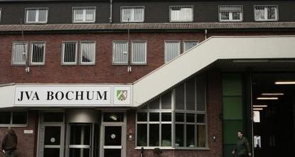 Bochum: Häftling überwindet Gefängnismauer