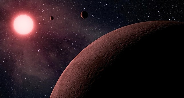 An undated handout photo made available by NASA on 20 June 2017 shows an artist's concept depicting an itsy bitsy planetary system. (EPA Photo)