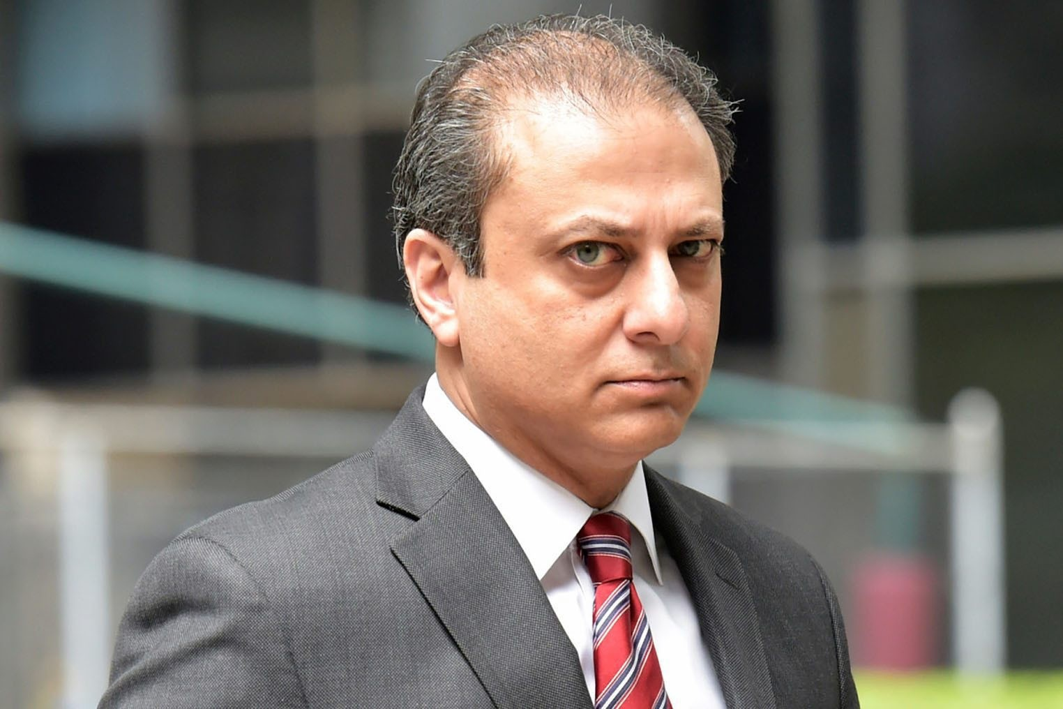 Bharara is the prosecutor behind Reza Zarrabu2019s case. He has worked with Senator Schumer, who has ties with FETu00d6, until 2009 and was nominated by him.