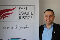 French Muslim party to run in parliamentary elections
