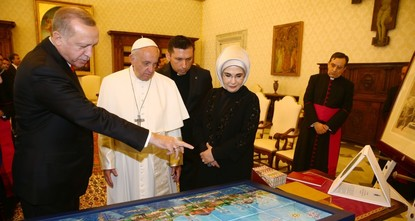 pThe holy city of Jerusalem's status should be maintained as per United Nations resolutions and international law, President Recep Tayyip Erdoğan and Pope Francis said during their closed-door...