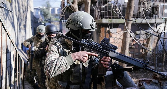 استشهاد جنديين أتراك ومقتل 4 إرهابيين من بي كا كا  في اشتباكات في هكاري