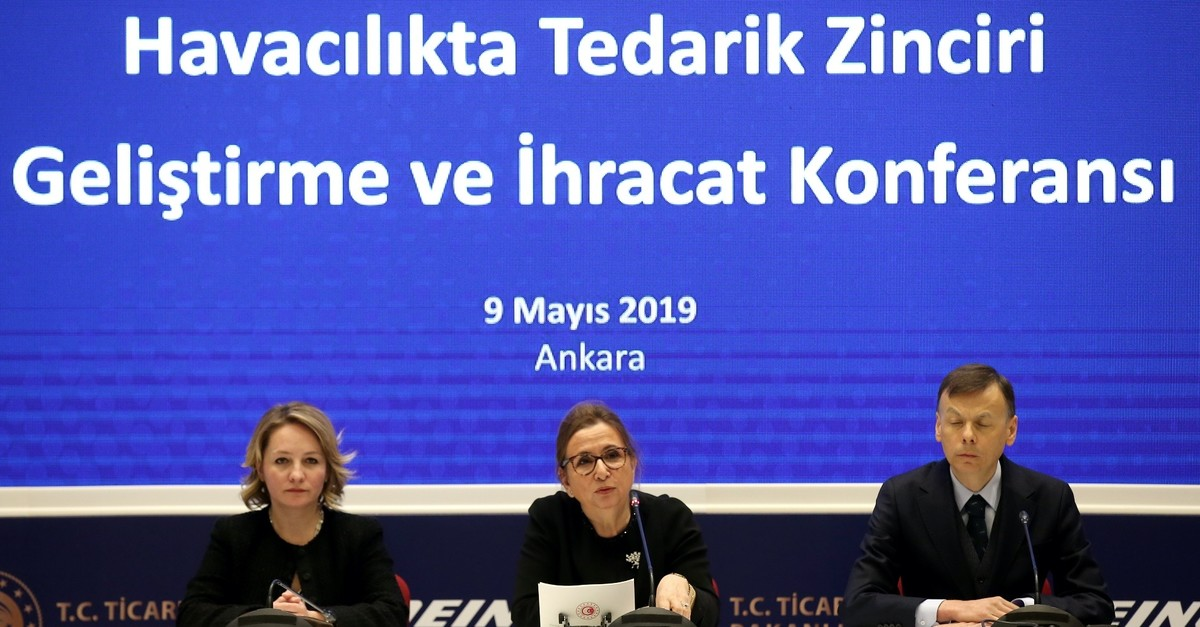Trade Minister Ruhsar Pekcan (C) addresses aviation company officials at the Aviation Supply Chain Development and Export Conference, Ankara, May 9, 2019.