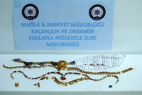 Police seize 1 million liras worth of Hellenistic jewelry in western Turkey