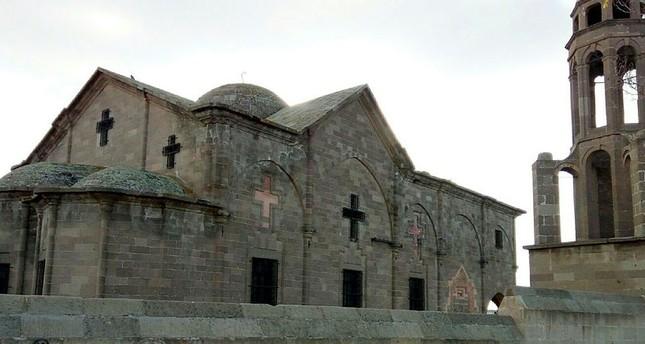 مسؤول تركي: نحن نرمم الكنائس القديمة ولا نتملكها