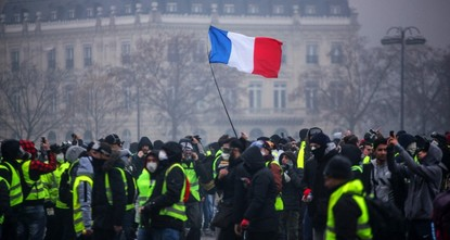 France gives up on 2020 tourism target over 'yellow vests,' Brexit