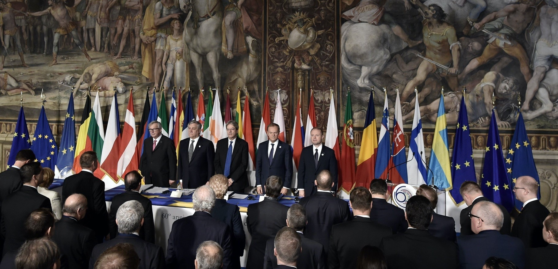 From left to right, European Commission President Juncker, the EP President, Italian PM Gentiloni, EC President Tusk and Malta's PM Muscat standing prior to the signing of the new Rome declaration with leaders of 27 European Union countries