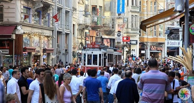 Turks are happier than before, survey reveals