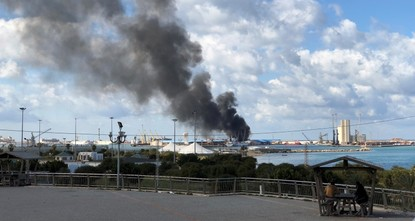 Haftar forces hit seaport, airport of Tripoli