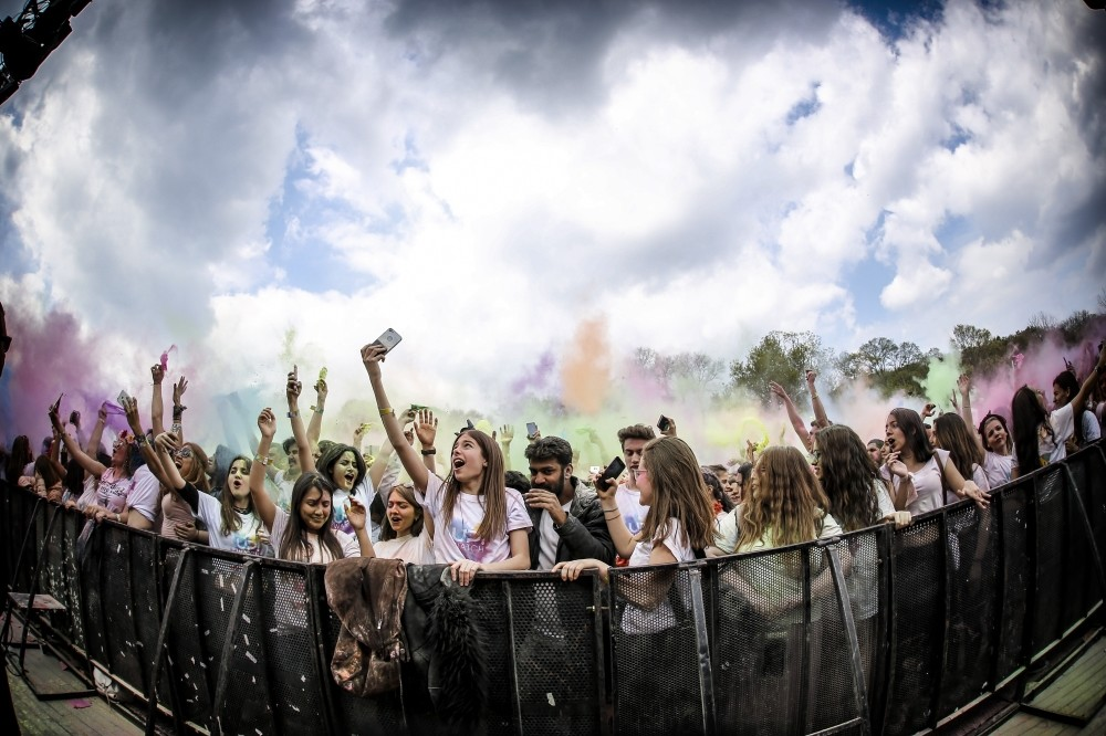 Inspired by the Indian festival of color, HoliFest Istanbul u201918 will be held in the cityu2019s Kilyos on May 12.
