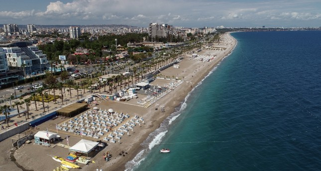 The number of foreign visitors coming to Antalya in the first four-and-half month increased by 24 percent compared to the same period last year.