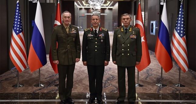أهم النقاط التي ناقشها رؤساء أركان تركيا وأمريكا وروسيا في اجتماعهم بأنطاليا