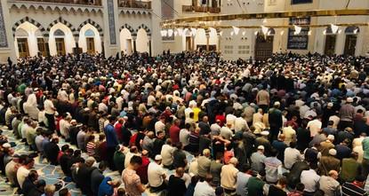 Für Muslime weltweit beginnt der Ramadan