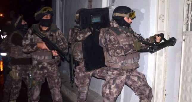 قوات مكافحة الإرهاب التركية تعتقل مطلوبة خطيرة في تنظيم داعش