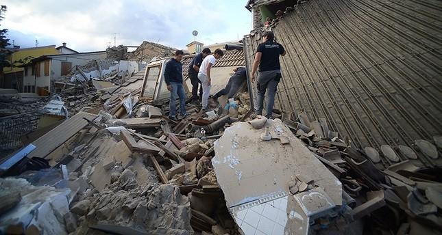 ارتفاع عدد ضحايا زلزال إيطاليا إلى نحو 250 قتيلاً