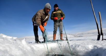 Ice fishing in east Anatolia: A traditional livelihood