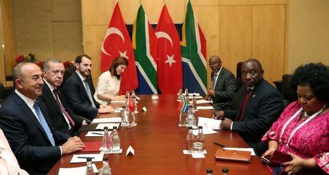 أردوغان يلتقي رئيس جنوب إفريقيا في جوهانسبرغ