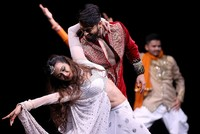 Bollywood's dazzling dancers come to Istanbul's stage in 'Taj Express'