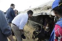 Der geschäftsführende Bundesaußenminister Sigmar Gabriel (SPD) hat am Sonntag in Bangladesch ein Lager für Rohingya-Flüchtlinge aus dem Nachbarland Myanmar besichtigt. Mit dem Besuch im Lager...