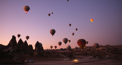 Более 400 тысяч туристов совершили полеты на воздушных шарах в Каппадокии