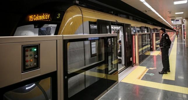 أول قطار دولي يمر من مرمراي بعد افتتاح خط غبزة – هالقالي بإسطنبول
