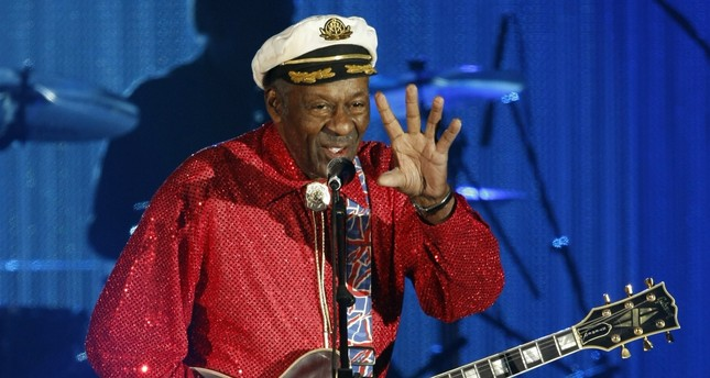 Rock and roll legend Chuck Berry performs during the Bal de la Rose in Monte Carlo, Monaco on March 28, 2009. (REUTERS Photo)