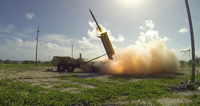 A terminal High Altitude Area Defense (THAAD) interceptor being launched from a THAAD battery located on Wake Island in the Pacific Ocean. (AFP Photo)