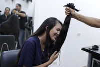In Venezuela, women sell hair as another way to get by
