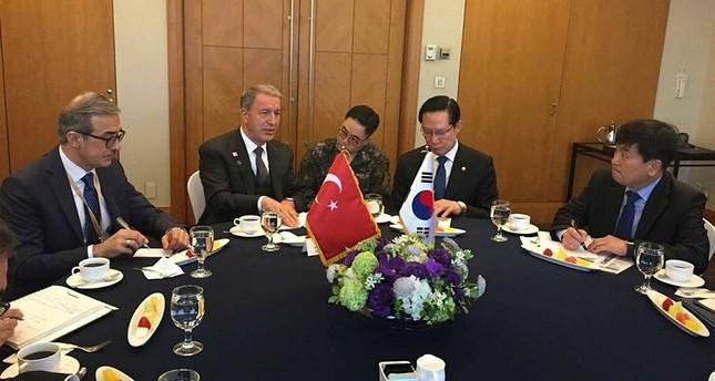 رئيس أركان الجيش التركي يجتمع بنظيره الكوري الجنوبي في العاصمة سيول