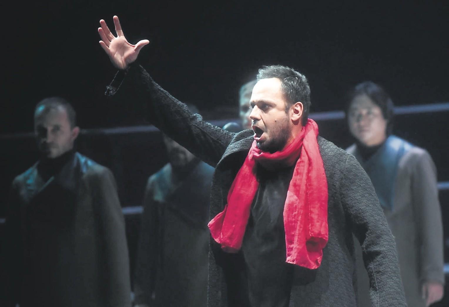 Murat Karahan performs Manrico in u201cIl Trovatore.u201d
