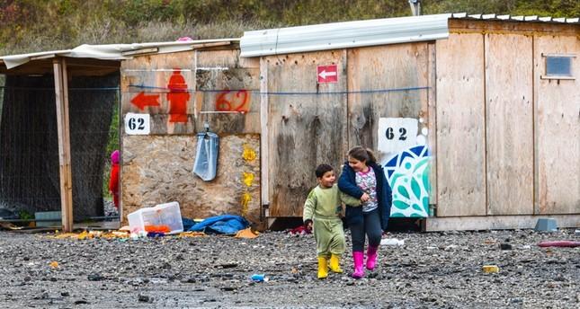 للمرة الرابعة.. فرنسا تضاعف المنحة المالية للاجئي كاليه لإغرائهم بالرحيل